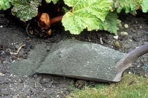 Удобрение и защита от вредителей из отходов