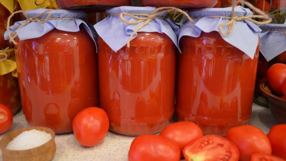 Консервируем томатный сок на зиму