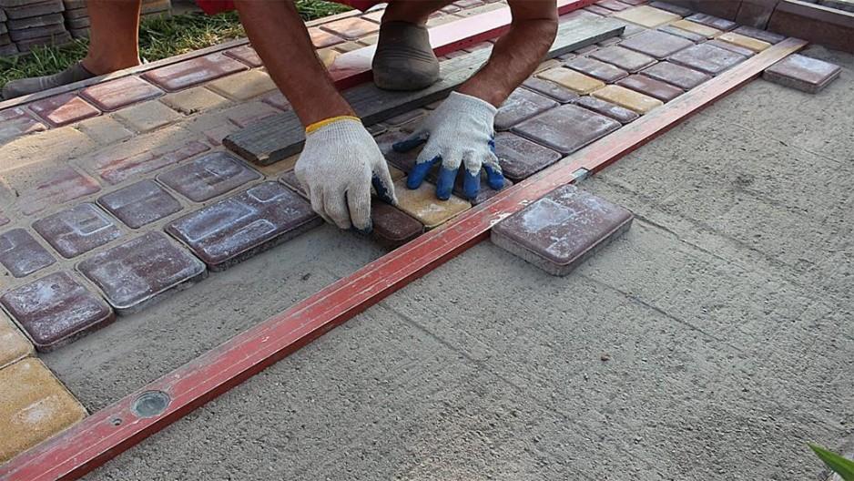 Тротуарная плитка для гаража своими руками 21